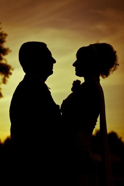 Portraits-amoureux-Ardennes-silhouette-coucher-de-soleil