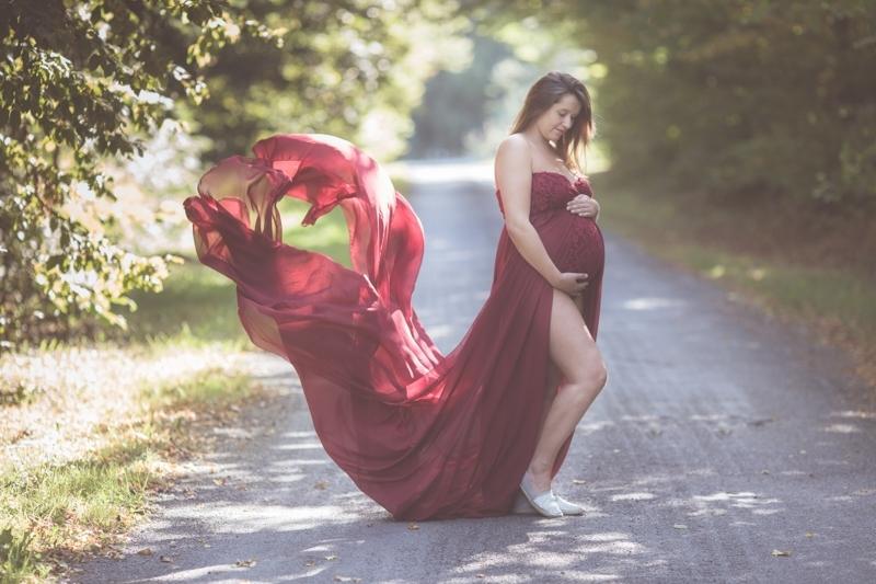 Portraits-grossesse-Ardennes-prêt-de-robes